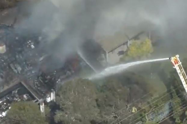 Article image for Huge fire destroys Mentone home before spreading to nearby houses
