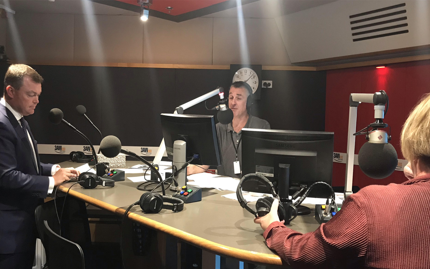 Article image for Police Minister Lisa Neville and Shadow Police Minister Ed O'Donohue join Tom in the studio for roundtable discussion on crime