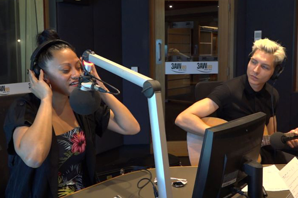 Emily Williams performs Aretha Franklin classic on 3AW Afternoons