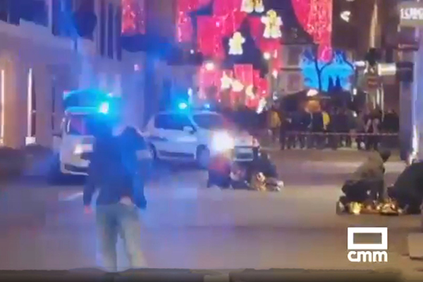 Death toll expected to rise to four after gunman opens fire at Strasbourg Christmas market