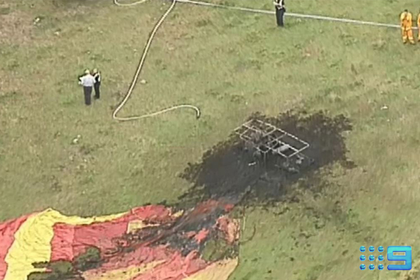 Article image for Hot air balloon catches fire, forced to make emergency landing in paddock