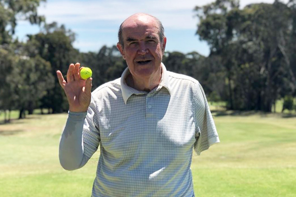 Article image for Rumour confirmed: One-armed golfer hits hole in one!