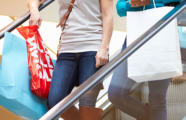Article image for Shoppers flock in record Christmas rush for Chadstone