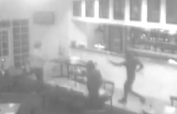 Article image for Vision emerges of bandits robbing Ballarat hotel