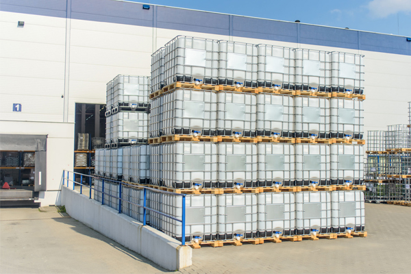 Article image for More than one million litres of toxic chemical waste found in Epping warehouses