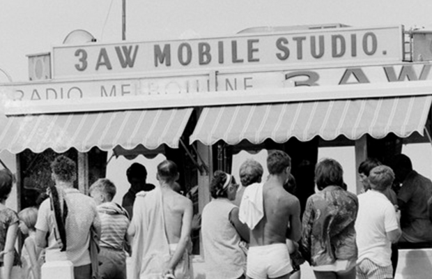 Article image for From the vault: 3AW by the sea in 1960s summer