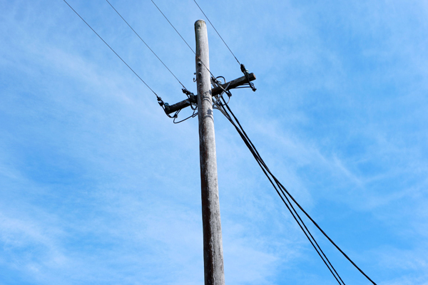 Article image for Smiths Gully resident claims power company turn his power off on hot days