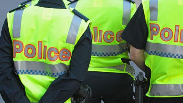 Article image for Man tasered and arrested outside Melbourne Aquarium