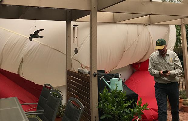 Article image for 'Like an earthquake': Two balloons crash down, paramedics called
