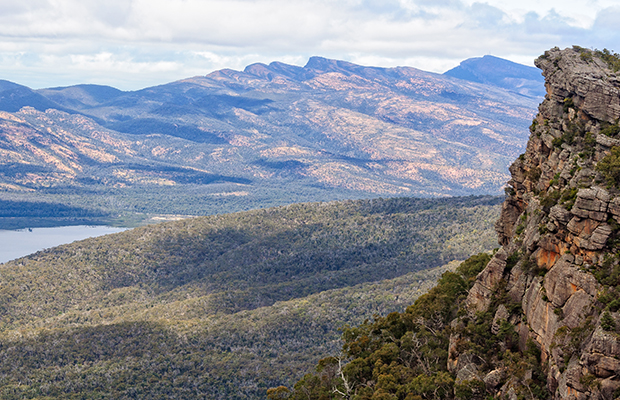 Article image for Hikers fear being shut out of Grampians over Aboriginal 'cultural issues'