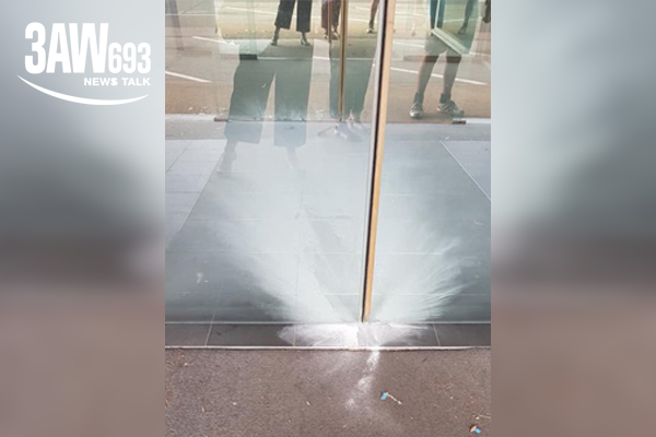 Article image for Centrelink office evacuated after white powder thrown at entrance