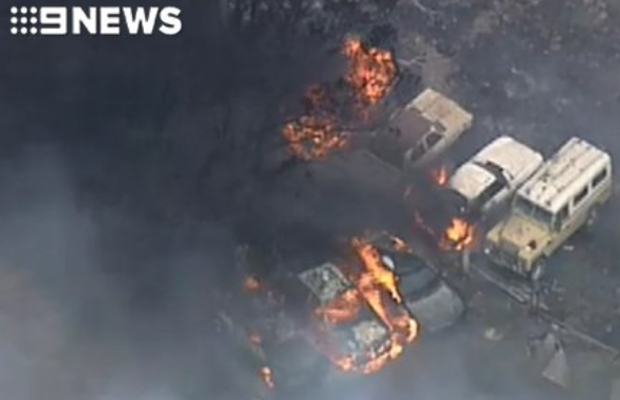 Article image for Out-of-control bushfires burning between Geelong and Ballarat