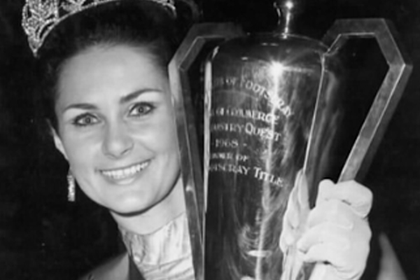 Article image for 3AW Afternoons helps pub track down 'Miss Footscray' from 50 years ago!