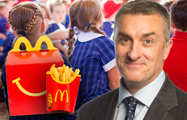 Article image for School warns parents about delivering fast food to their kids at school