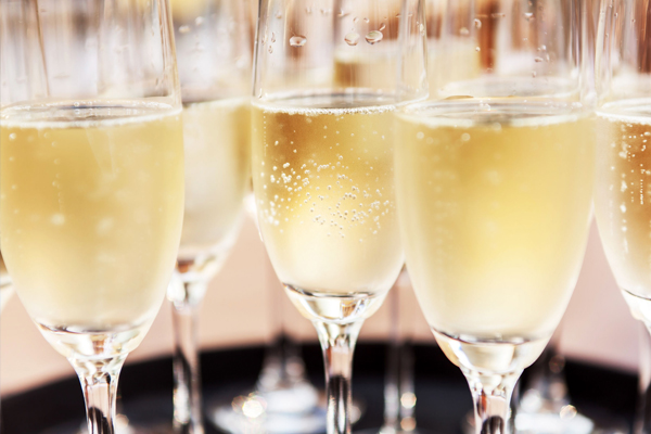 Article image for Taste for bubbles falls flat: Aussies opting for local sparkling over expensive French champagne