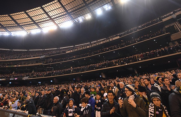 Article image for A ticket warning for AFL fans as scalpers wise up