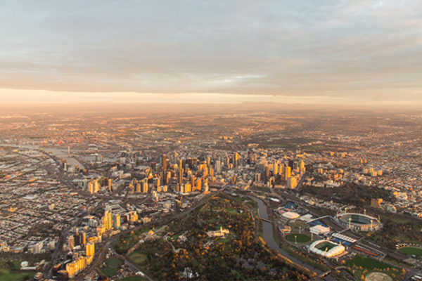Article image for Melbourne swells by 327 people a day and is on track to become nation's biggest city within 10 years