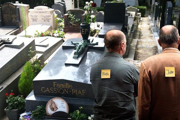 Article image for Ross and John see dead people: Visiting the cemeteries of the world