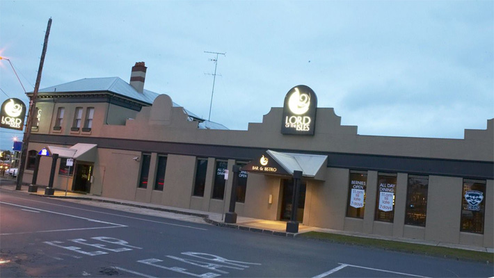 Article image for Geelong's Lord of the Isles tavern changes hands for the first time in 39 years