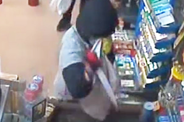 Article image for VIDEO: Masked men armed with knives target Surf Coast petrol station