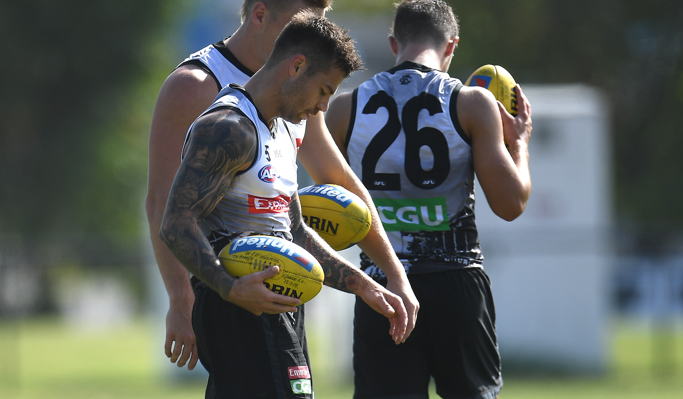 Article image for Collingwood and Essendon both make two changes for Anzac Day