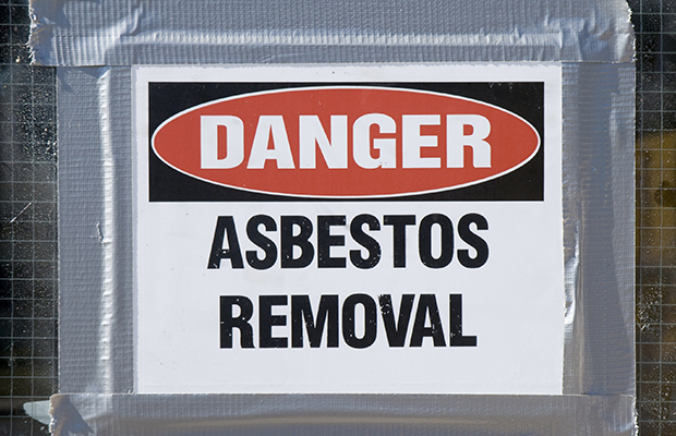 Angry parent reacts to more asbestos being found at Essendon North Primary