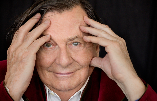 Article image for Comedy festival director defends decision to ditch Barry Humphries' name from award