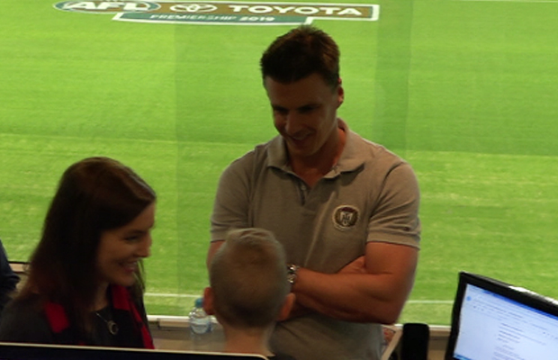A brave young Bomber fan meets Lloydy and the team