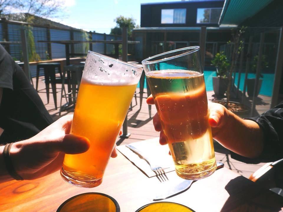 Article image for Pub Of The Week: Tony Leonard reviews the Heathcote Inn