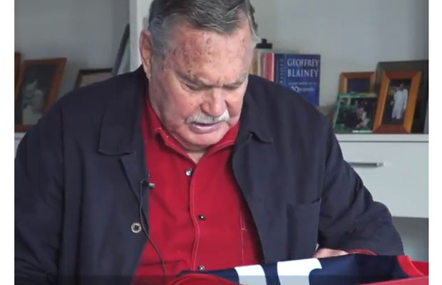 Article image for The moving moment Ron Barassi opened his special Anzac Day jumper