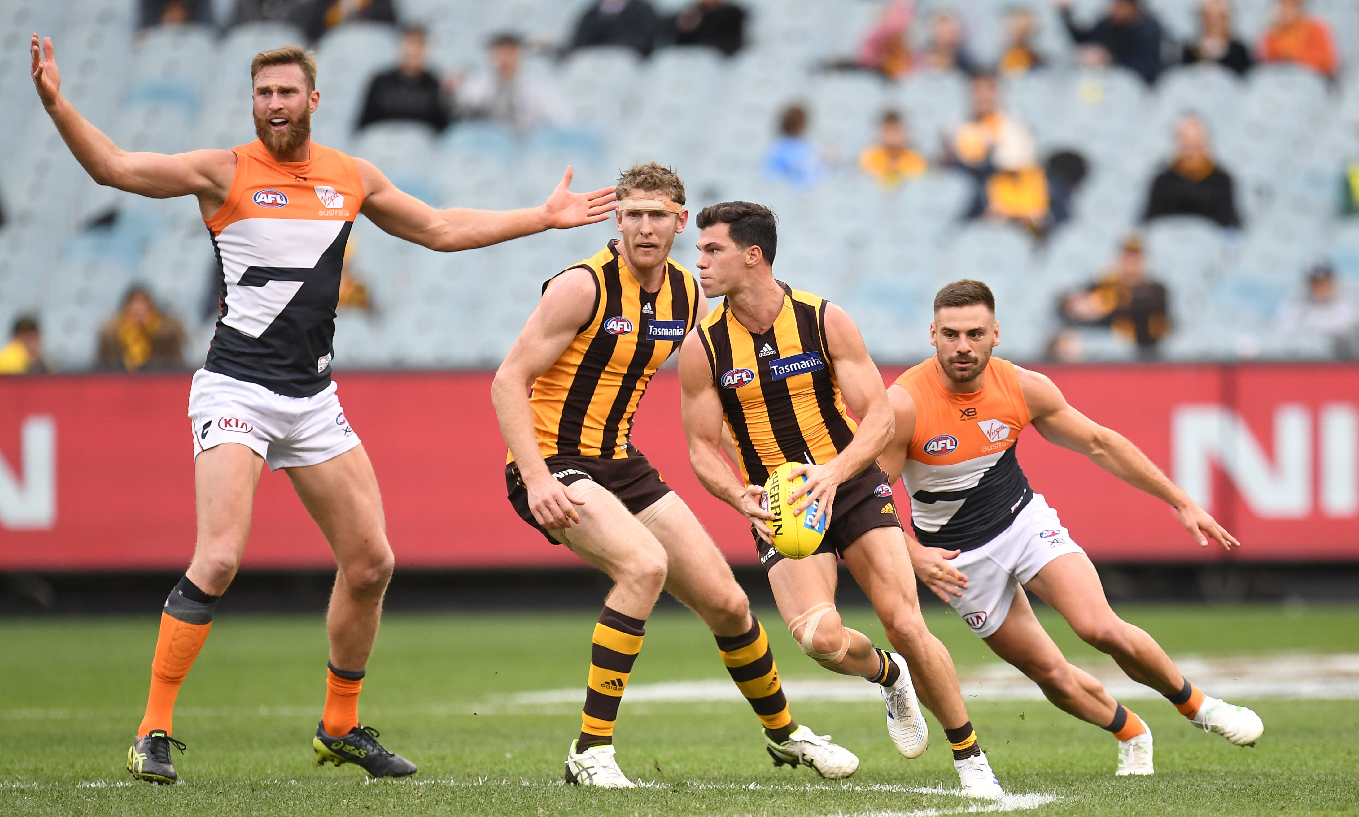 Article image for Hawks overcome GWS in front of paltry crowd