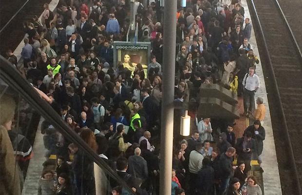 Southern Cross escalator saga: Commuters given new timeline
