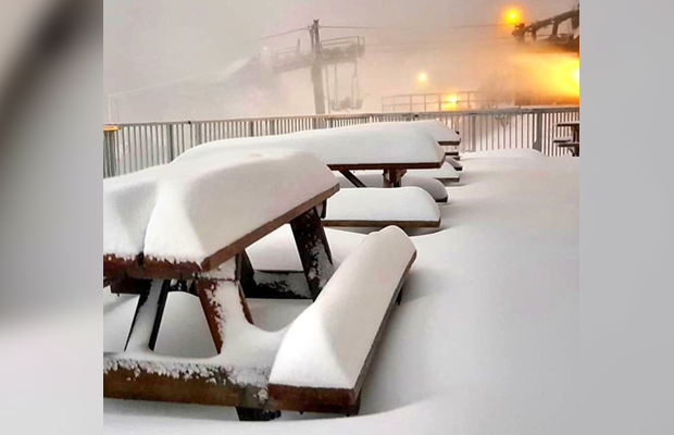 Article image for A LOT of snow has been dumped in Victoria's alpine region