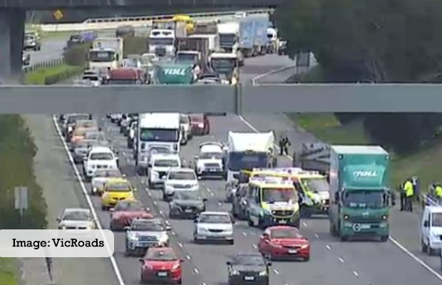 Article image for Desperate scenes on the Monash: Motorcyclist down, freeway closed