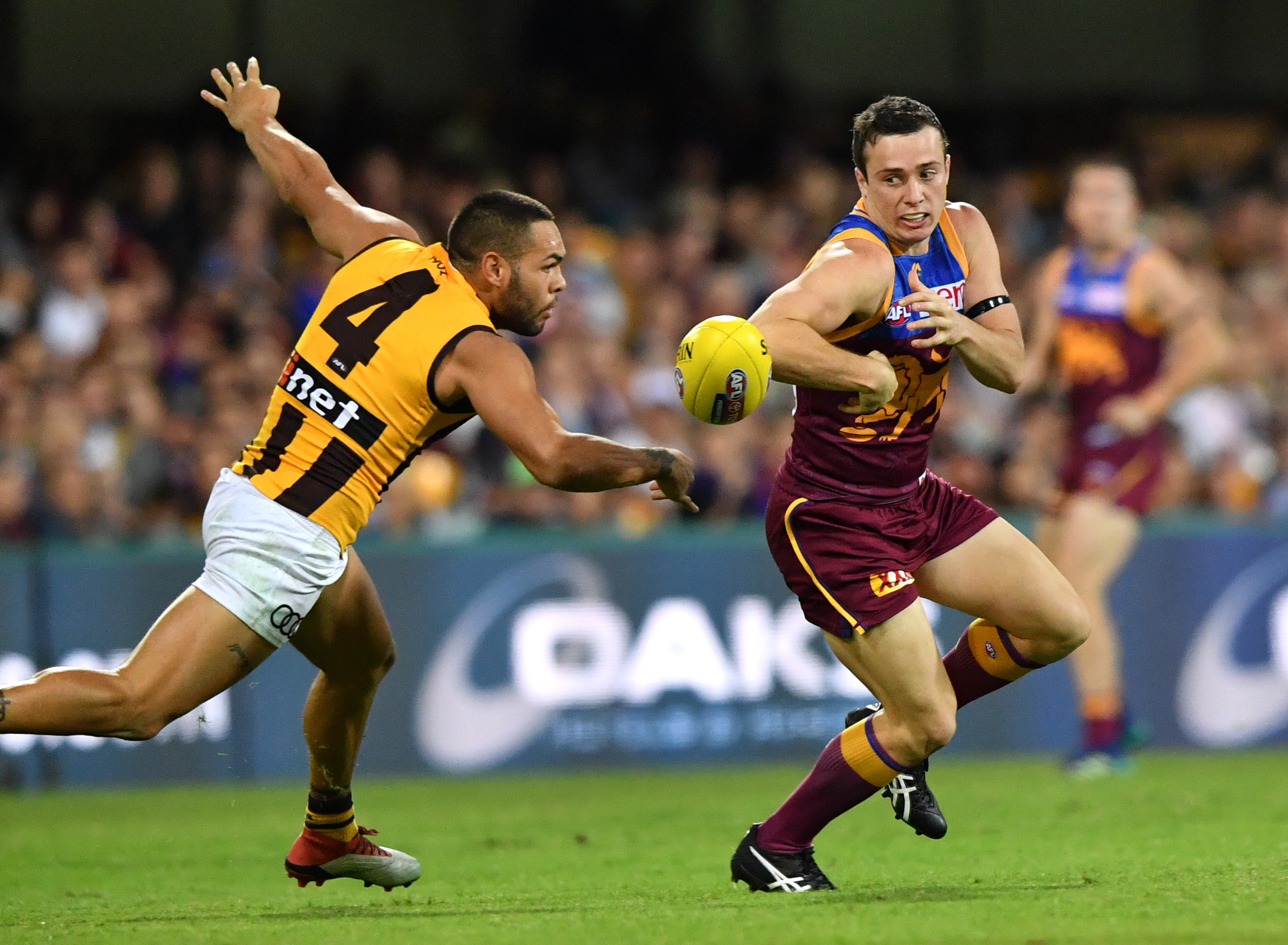 Article image for Brisbane stage a comeback to defeat Hawthorn