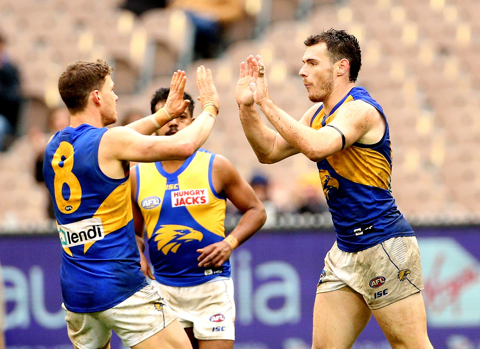 Article image for Eagles beat Hawks in Saturday afternoon thriller at the MCG