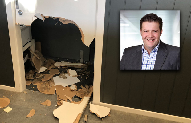 Article image for Victorian Labor MP Will Fowles to take a leave of absence following hotel 'meltdown'