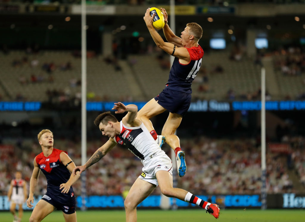 Article image for Effort and grit push St Kilda to a win