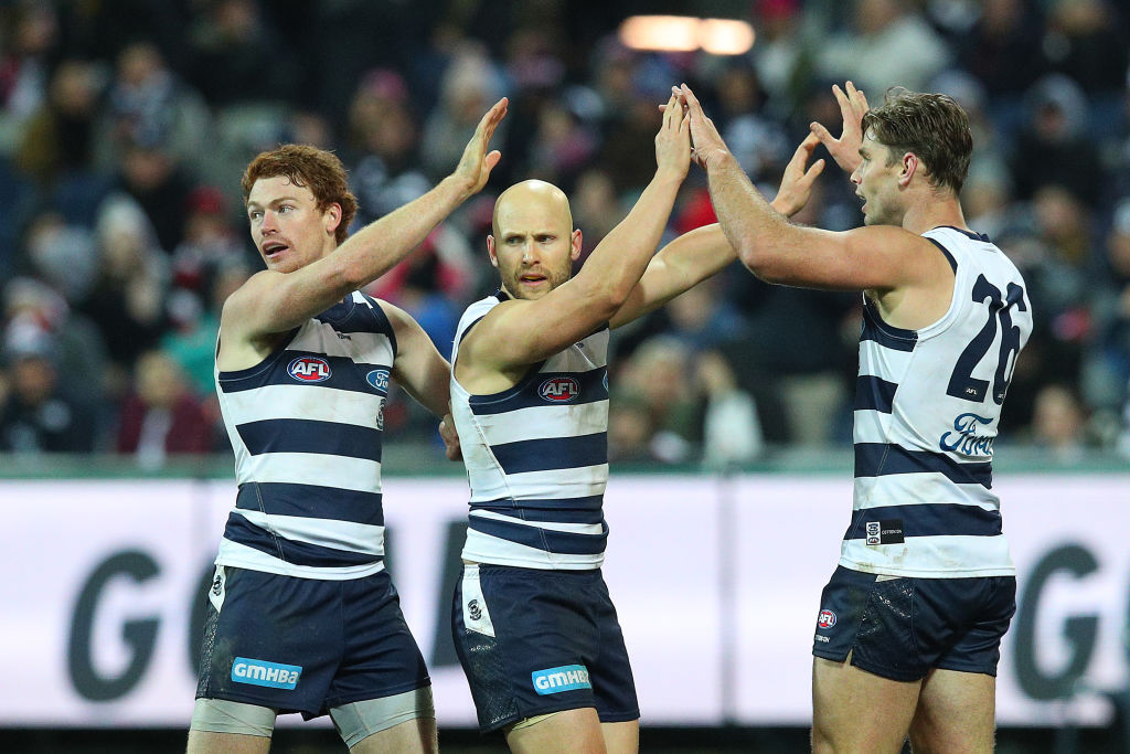 Article image for Geelong hold off the Saints to maintain their top spot