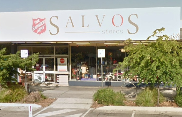 Article image for Elderly man fined for leaving books outside Salvos store goes down swinging