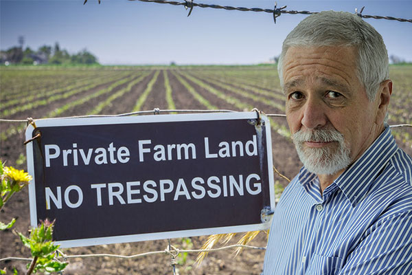 Article image for Neil Mitchell clashes with animal rights activist over trespassing tactics in heated exchange
