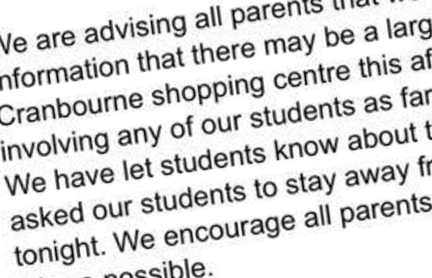 Article image for Parents sent warning message from school about 'large fight' planned at shopping centre