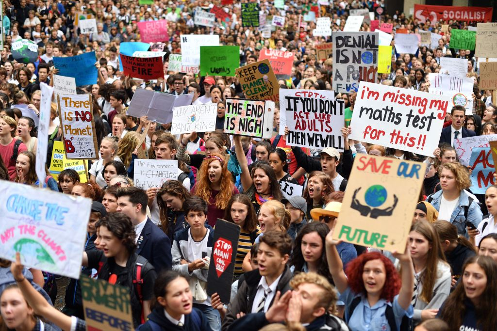 Article image for Education union, software giant and politicians throw support behind student climate strikes