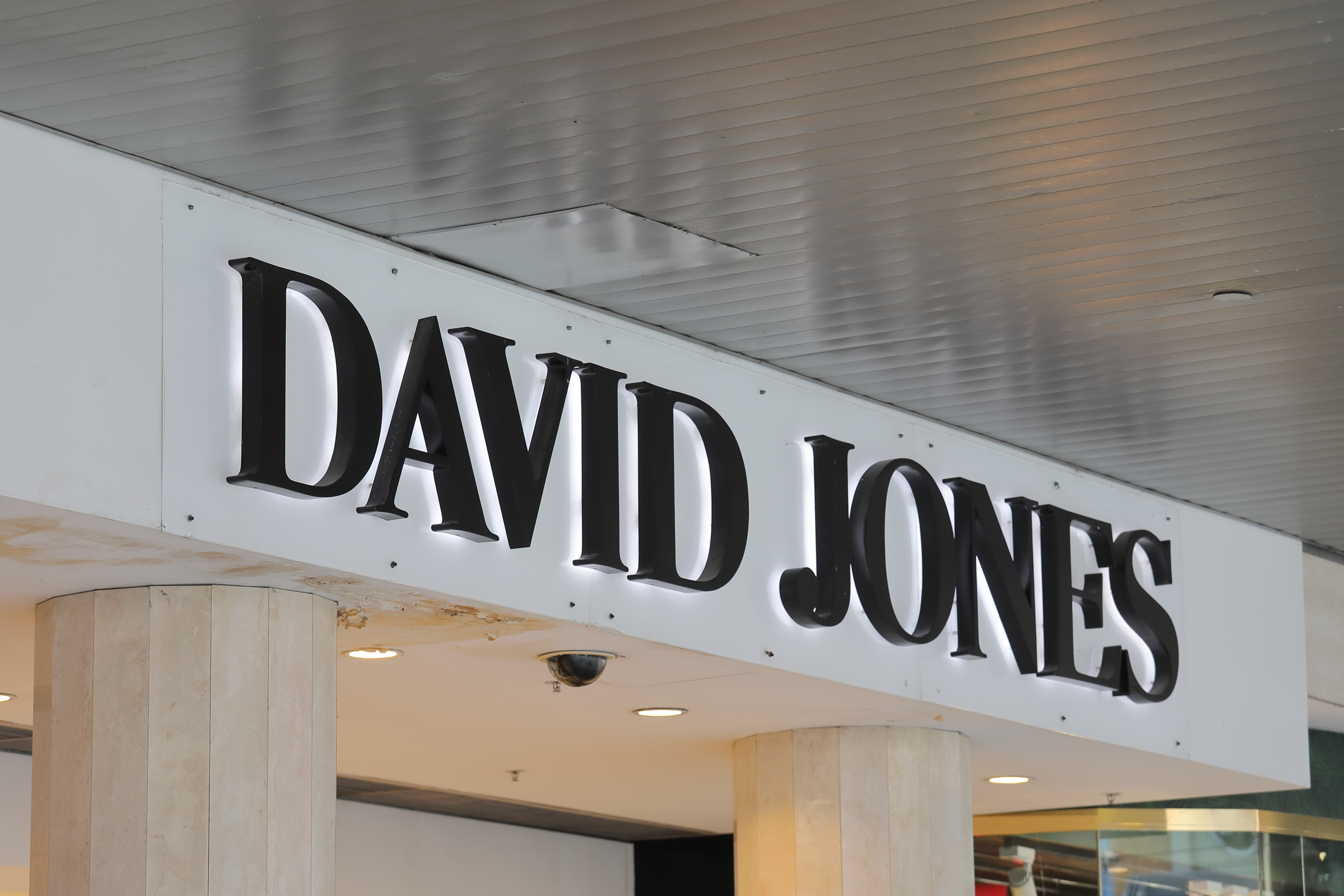 Article image for David Jones to close menswear store on Bourke Street mall
