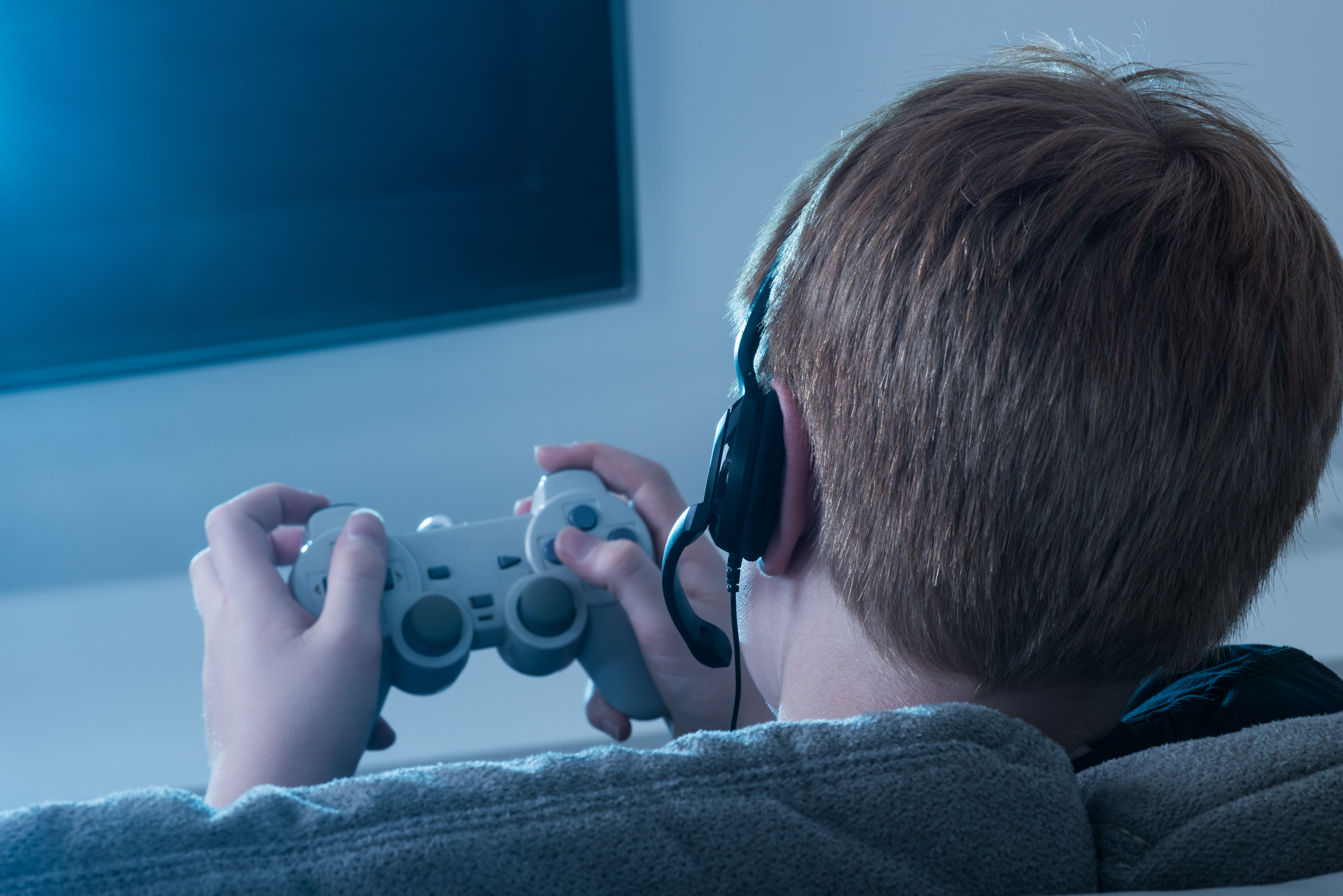 Article image for Calls for Australia to offer specialist treatment for young video game addicts