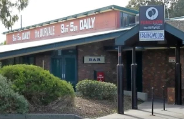 Article image for Pub Of The Week: Tony Leonard reviews the Burvale Hotel, Nunawading