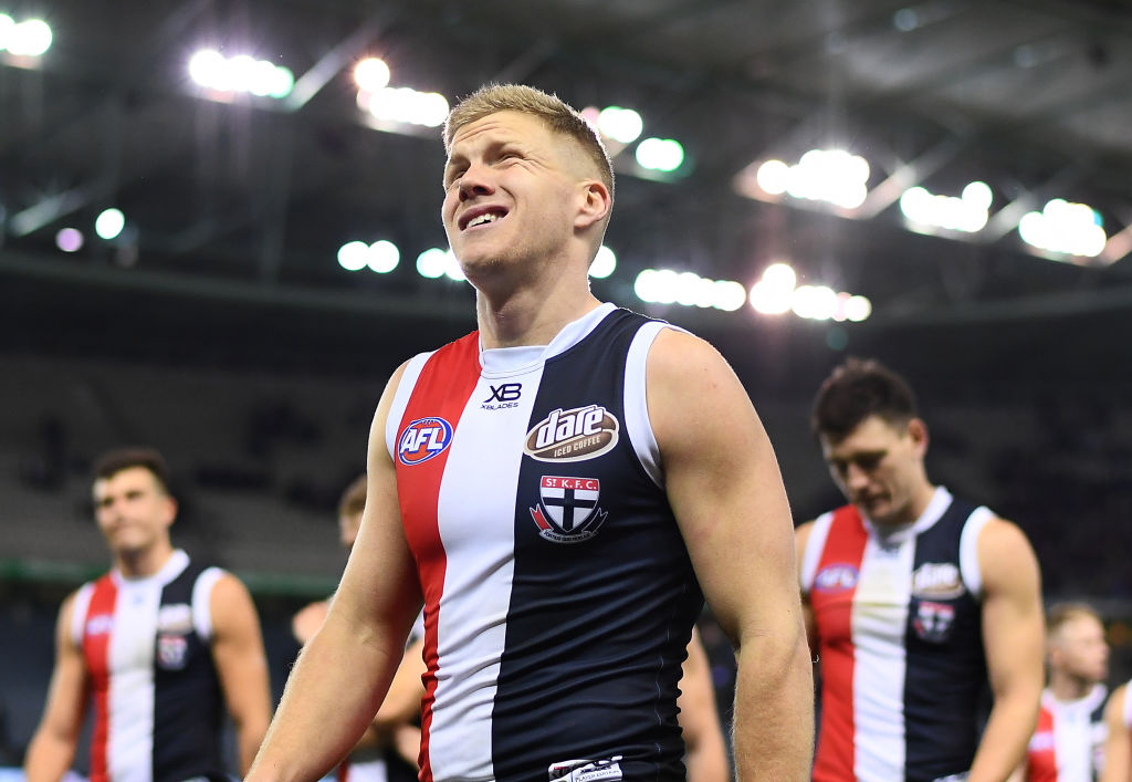 Article image for Dan Hannebery fractures foot, delaying pre-season program