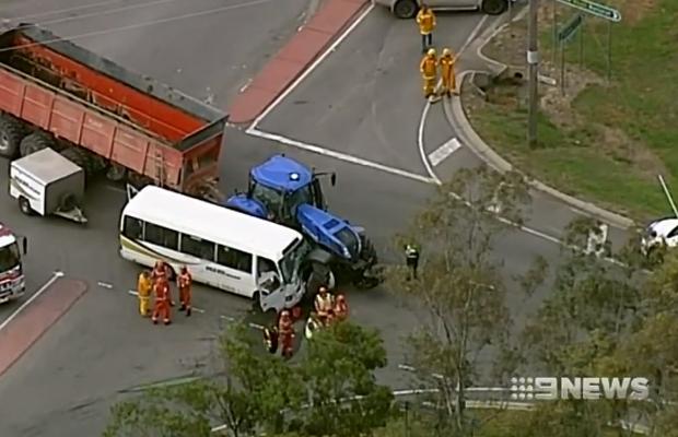 More than a dozen people hurt in nasty crash near Ballarat