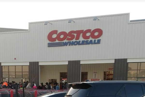 Article image for 'It was another staff member that did it': Woman stabbed at Costco in Epping