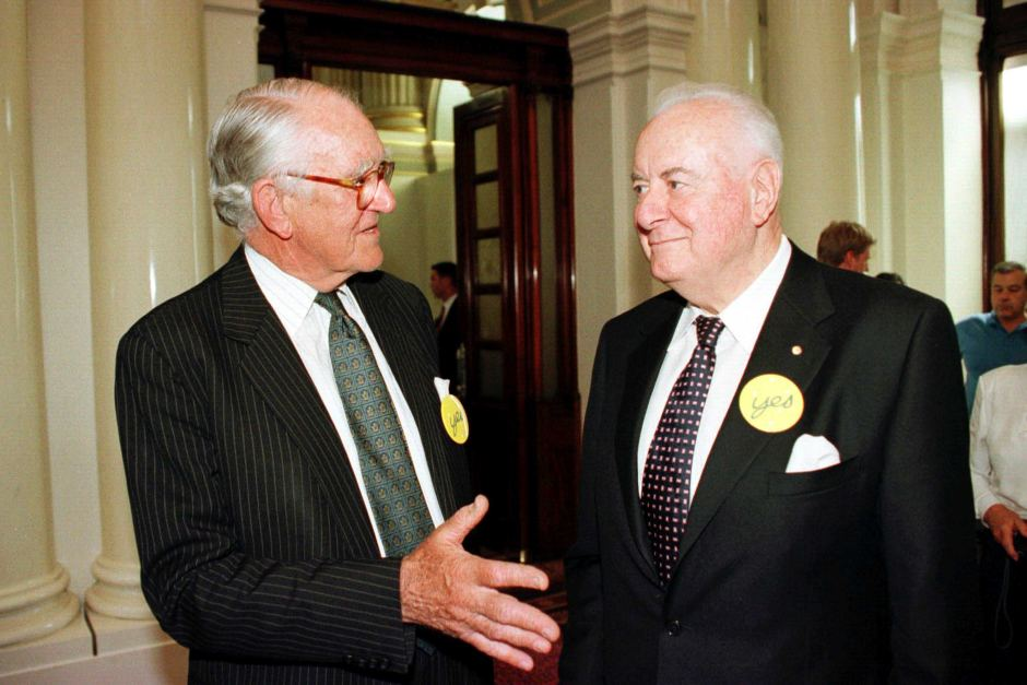 Article image for 20 Years Ago Today: 05 Nov, 1999 Former PMs Whitlam and Fraser unite.